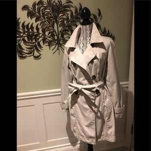Old Navy trench coat - size L